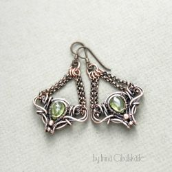 Viola - Copper Earrings with Peridot Briolettes by taniri