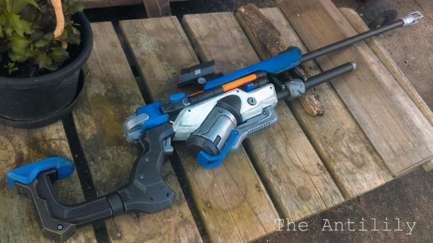 Overwatch - Ana Amari's Biotic Rifle by TheAnti-Lily
