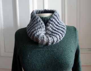 Silver Ribbed Crocheted Cowl by celticbard76