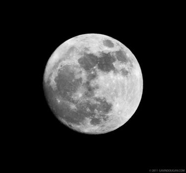Lunar Perigee Supermoon by gdphotography
