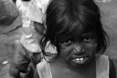 Slum Girl1 by ichhagandhi