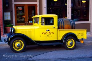 Packs Delivery Truck 9409 by TommyPropest-Candler