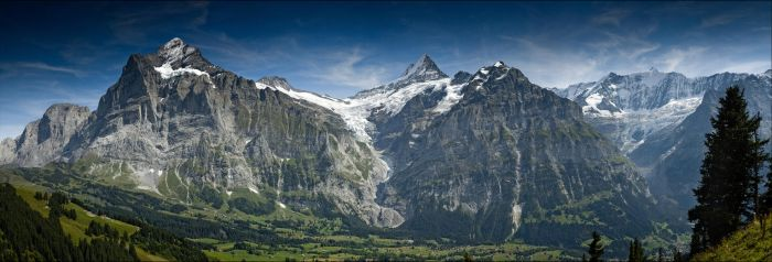 Grindelwald Panorama by FrederikM