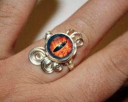 Eye of Sauron Wire Wrap Ajustable Ring by Create-A-Pendant