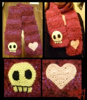 Skull and Heart scarf by Merlend