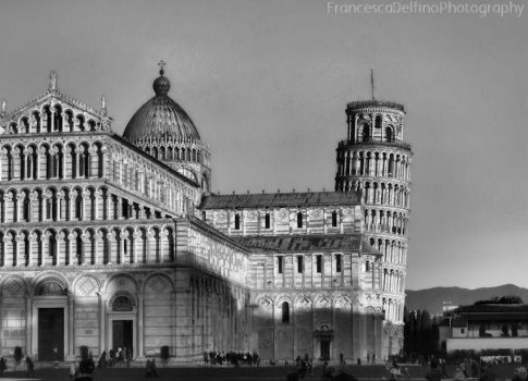 Pisa tower WhiteBlack 1 by FrancescaDelfino
