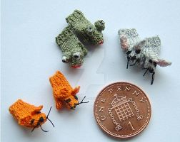 1:12th scale miniature animal mittens by buttercupminiatures