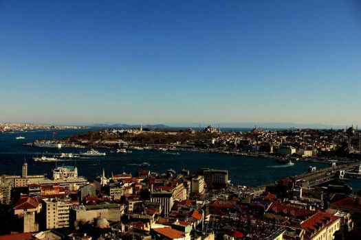 Istanbul from Topkapi Palace by dawnbal