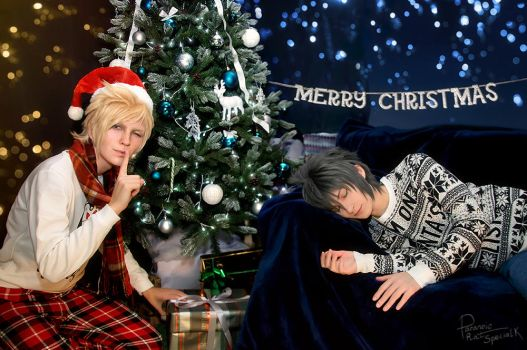 Final Fantasy XV - when Noct overslept Christmas by Krisild