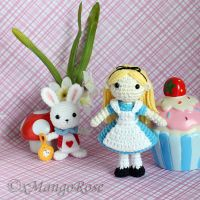 Alice in Wonderland and the White Rabbit by xMangoRose