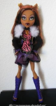 Proud Monster ft Clawdeen Wolf by PoisonIgnorance