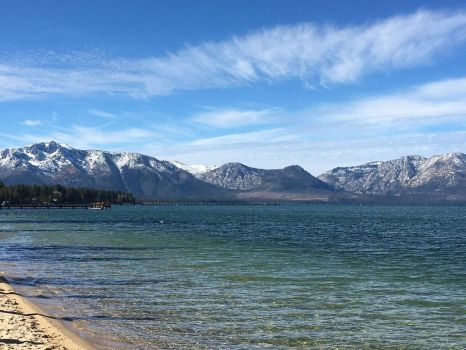 Tahoe's Snowy Mountains by Chikoritasareawesome