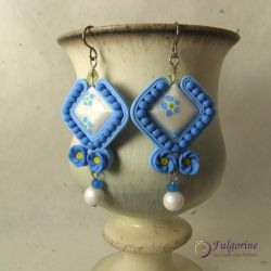 Forget-me-not earrings by cvalphen