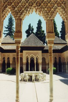 Fuente alhambra by Dreans