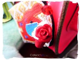 Red Velvet Cupcake Keychain by Cateaclysmic