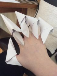 Origami claws by Drogoththedragonlord