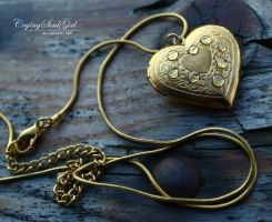 Golden Love. by CryingSoulGirl