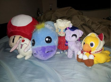Plush Geekery by Aret