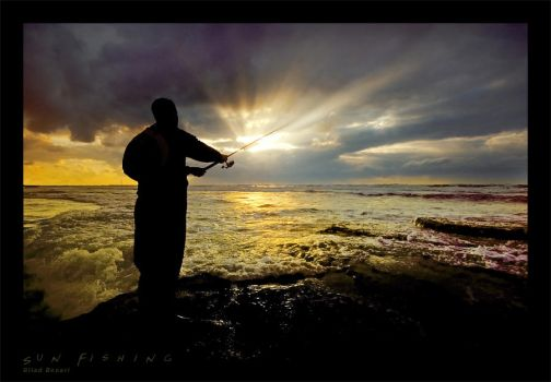 Sun Fishing by gilad