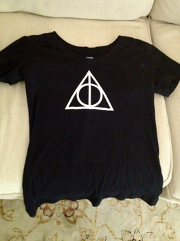 Deathly Hallows by gibsos