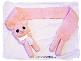 Little Pig Scarf by Cateaclysmic