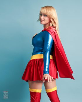 Supergirl by Pokypandas