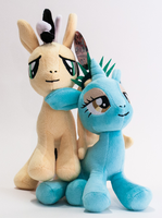 Cabbie and Liberty Plushies by KarRedRoses