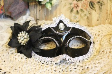 Black Masquerade Mask by VictorianChics