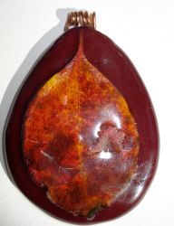 another autumn leaf pendant by shatteress