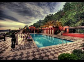 Pool Party HDR by ISIK5