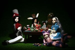 Alice in wonderland by vevet