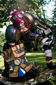 Vi League of Legends Cosplay by ChrixDesign
