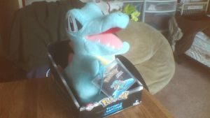 TOMY Trainer's Choice Totodile Plush by PokeLoveroftheWorld