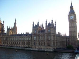 Westminster Palace by LeftWingDuck