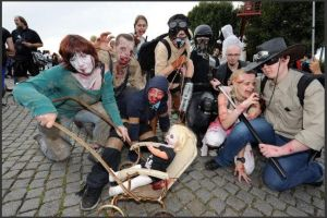 Zombiewalk-2012 by RandomPudding