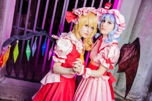 Touhou Project - Vampire Sisters by stregatt0