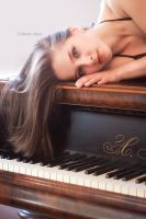 The grand piano 3 by Dina-bv