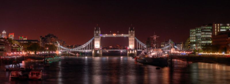 Night at Tower Bridge by gshegosh