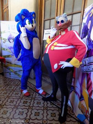 Dr Eggman and Sonic Cosplay by ViluVector