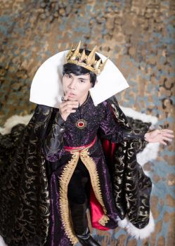 Silence! - Genderbend Evil Queen Cosplay by DuysPhotoShoots