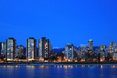 English Bay and the mountains in Vancouver by ChloeGPhotography