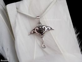 'Stingray', handmade sterling silver pendant by seralune