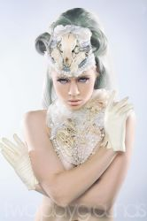 THE WHITE QUEEN- miss-mosh by pt-photo-inc