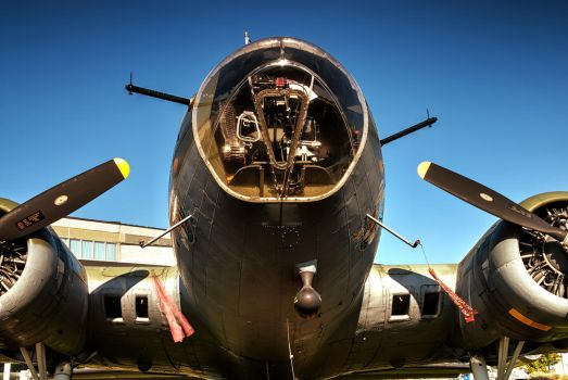 Boeing B-17F Flying Fortress by UrbanRural-Photo