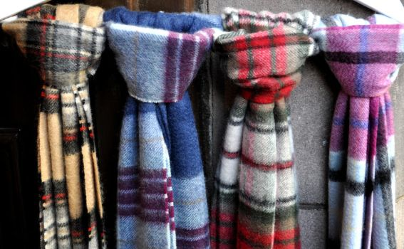 Woolen Scarves by monophoto