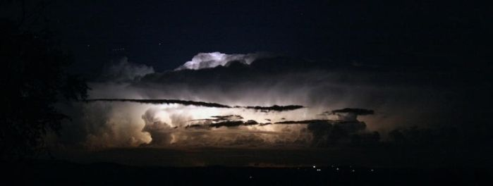 Storm Chasing - Mt Ainslie 2 by dakotapearl
