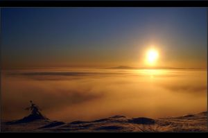 Lapland .:ABOVE THE CLOUD:. by amino