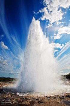 Strokkur, Iceland by Nightline