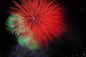 Fireworks 4 by duaneho