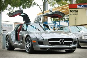 SLS AMG Gullwing by SeanTheCarSpotter